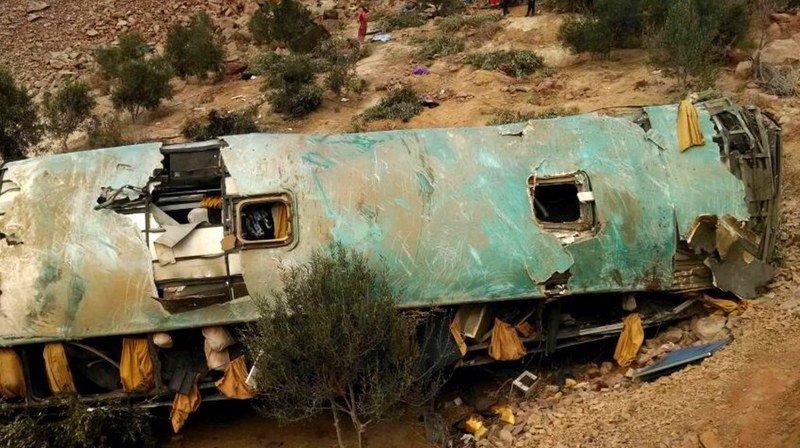 Accident de bus au Pérou: le bilan grimpe à 45 morts et 21 blessés