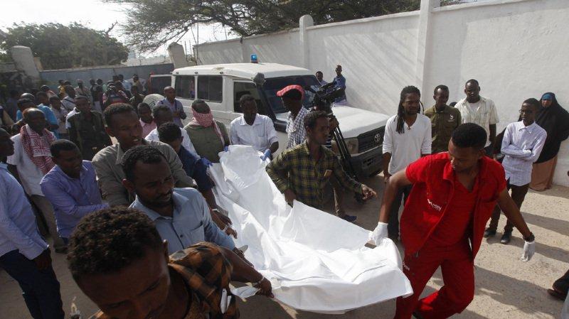 Somalie: la présidence visée dans un double attentat