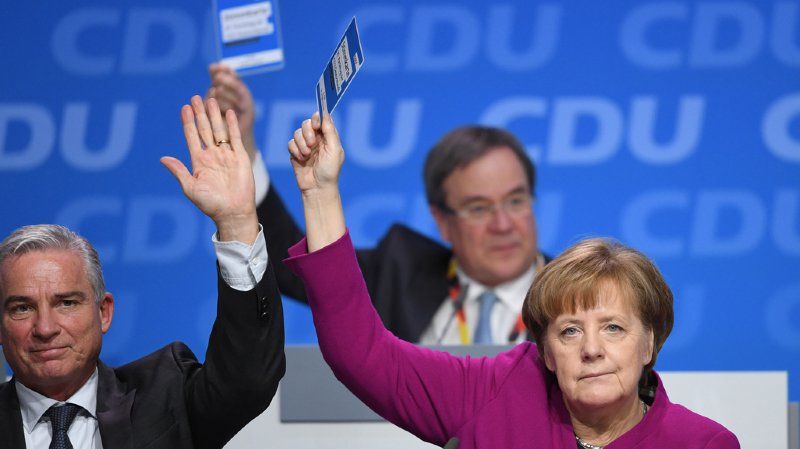 Le vote conforte la chancelière allemande après des semaines de critiques dans ses propres rangs.