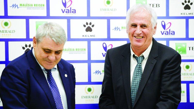 Bernard Challandes nommé à la tête du Kosovo — Foot