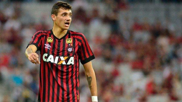 Bruno Mota ne pourra pas jouer contre Vaduz, ce vendredi, pour des raisons administratives.
