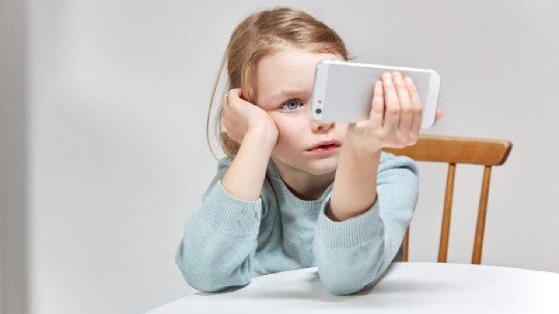 Dix conseils aux parents pour éviter que les enfants deviennent cyberdépendants