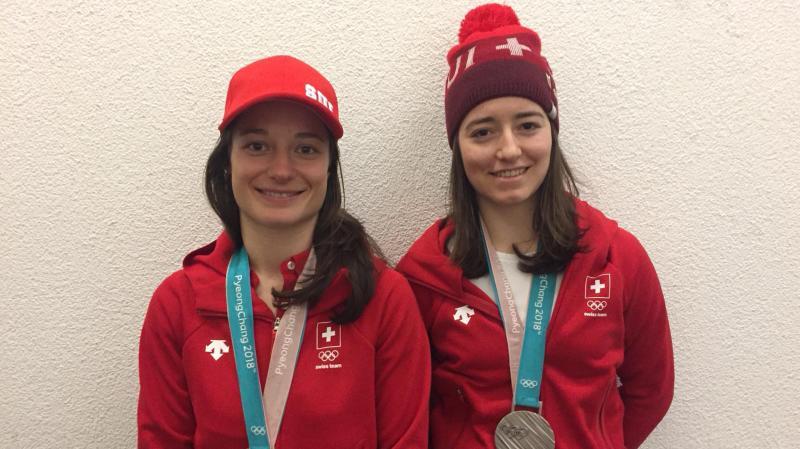 JO 2018 - Ski slopestyle: Sarah Höfflin et Mathilde Gremaud de retour en Suisse avec leurs médailles