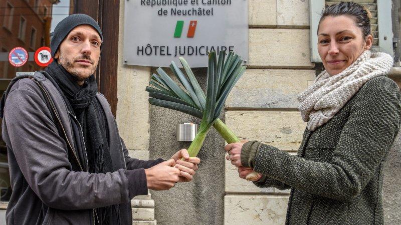 Florian Candelieri et Mirjam Bersier ont dû croiser le fer au tribunal ce matin, pour une histoire bête comme chou.      LA CHAUX-DE-FONDS 6/02/2018  Photo: Christian Galley