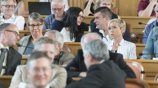 Le député hors parti Xavier Challandes reste maître de la majorité