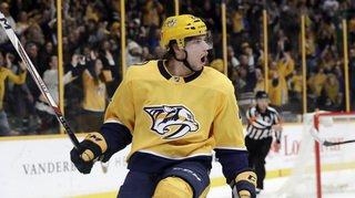 NHL: le St-Gallois Fiala marque 2 fois, le Valaisan Hischier plus fort que Crosby