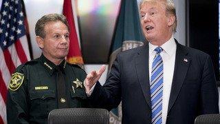 Fusillade en Floride: Donald Trump met en cause le FBI