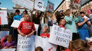 La jeunesse met la pression sur Trump