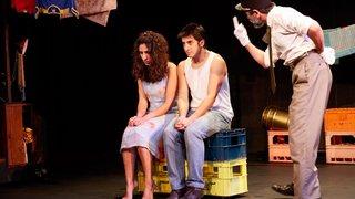 Poignante, tendre et effrontée, «La main de Leila» conte une romance dans l'Algérie des années de plomb