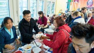 La communauté tibétaine du canton de Neuchâtel a fêté son Nouvel An au Jardin botanique