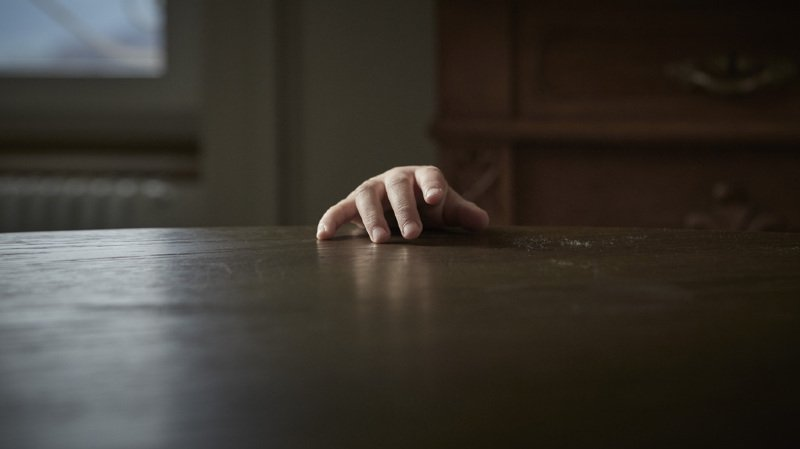 France: un prêtre se faisant passer pour une jeune fille sur internet a été inculpé