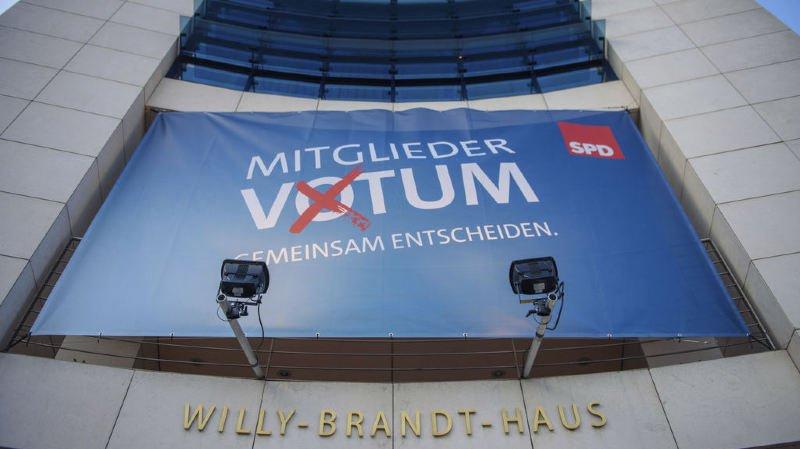 Le SPD approuve l'accord de coalition avec Merkel: l'Allemagne va avoir son gouvernement