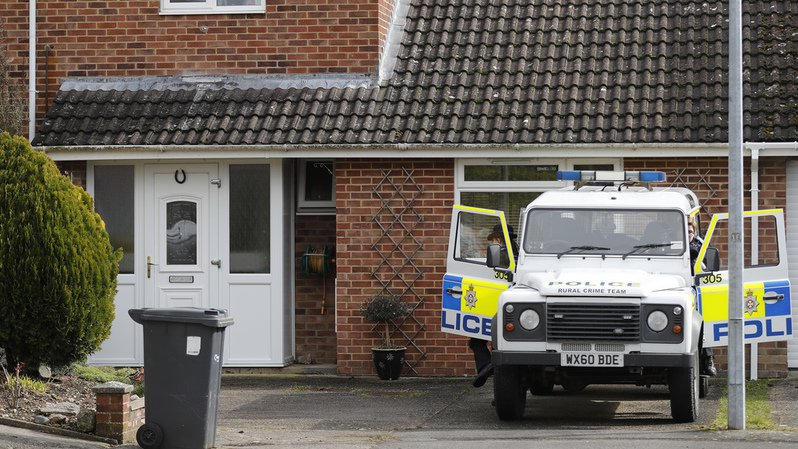 Affaire Skripal: l'ex-espion russe et sa fille empoisonnés à leur domicile