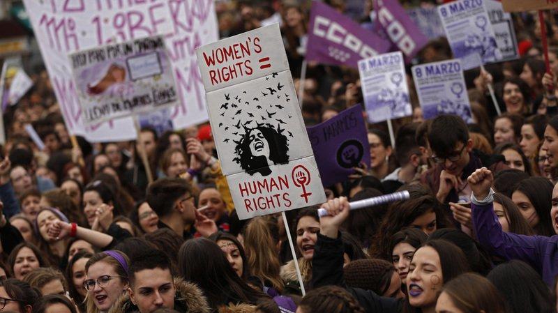 """Espagne: grève générale """"féministe"""" sans précédent pour défendre l'égalité salariale"""