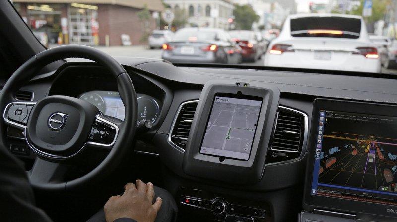 Uber: suspension des essais de véhicules autonomes en Arizona