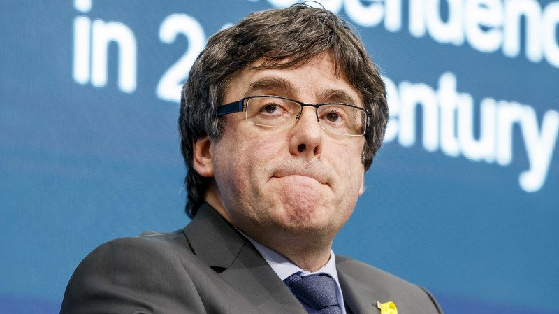 Catalogne: l'ex-président en exil Carles Puigdemont arrêté en Allemagne