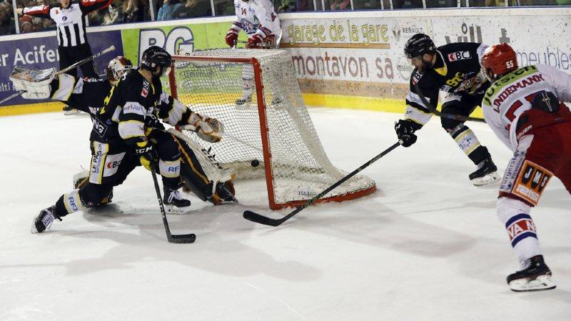 Hockey: les Lakers en finale des play-off de Swiss League, Ajoie terrassé à 4 contre 5