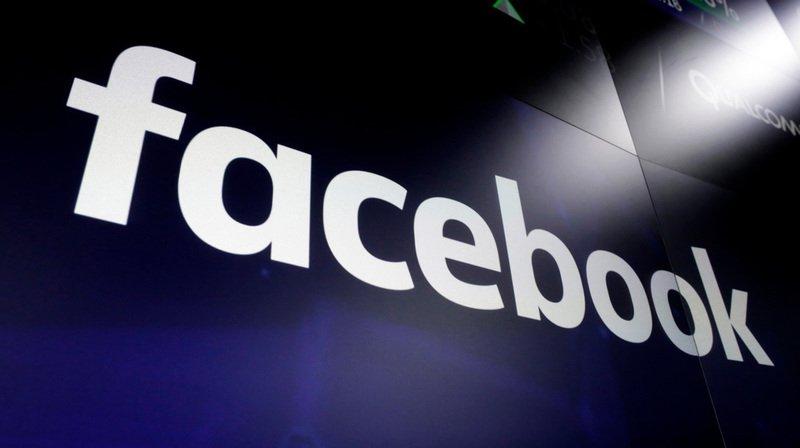 Scandale Facebook: jusqu'à 2,7 millions d'Européens concernés par les données détournées