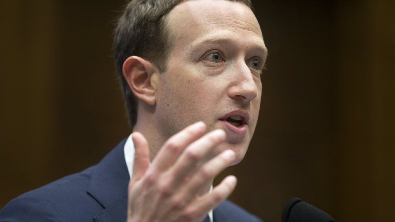Scandale Facebook: Zuckerberg annonce que ses propres données ont été détournées