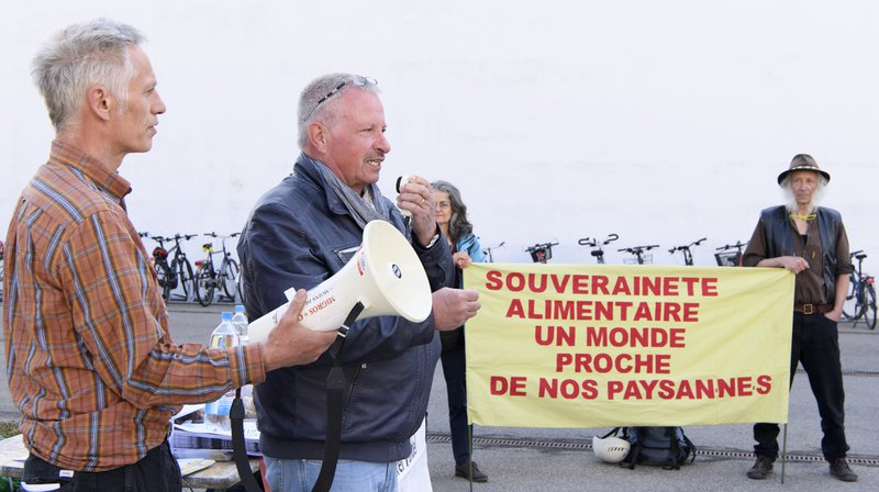 Agriculture: selon Uniterre, la politique agricole menée par l'Office fédéral n'est pas conforme à la loi