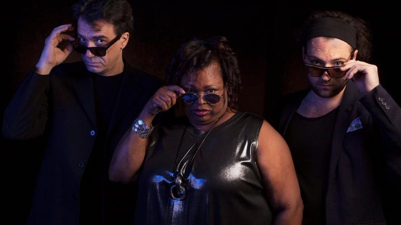 Trois complices virtuoses dans une session jazz au Pommier