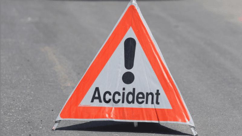 Après avoir heurté une balise de chantier, le véhicule a perdu de l'huile et est tombé en panne un peu plus loin.