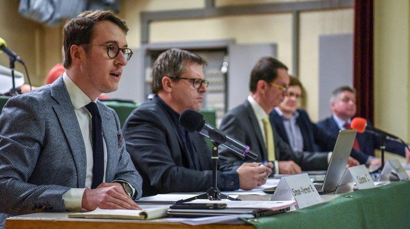 Le Conseil communal de Val-de-Travers devra revenir vers le législatif avec un nouveau règlement régissant ses propres statuts.