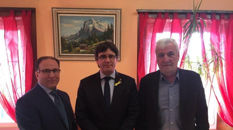 L'indépendantiste catalan Carles Puigdemont s'est fait inviter aux Geneveys s/Coffrane pour une rencontre dînatoire