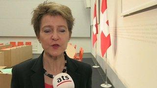 Simonetta Sommaruga défend la loi sur les jeux d'argent