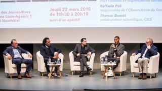 Cinq intervenants ont échangé sur la relation entre le foot et le racisme à Neuchâtel