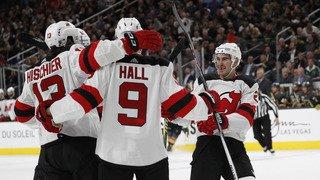 Hockey - NHL: Nico Hischier et les Devils s'imposent 8-3 à Las Vegas