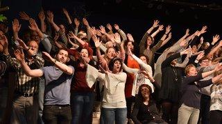 Des choristes sous les feux de la chanson française