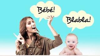 Grâce à la langue des signes, parlez très vite avec bébé!