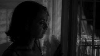 """Dans """"Drop of Sun"""" d'Elene Naveriani, la voix des femmes compte"""