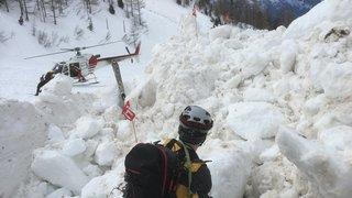 Avalanche à Riddes (VS): un troisième corps retrouvé, la quatrième victime toujours sous la neige