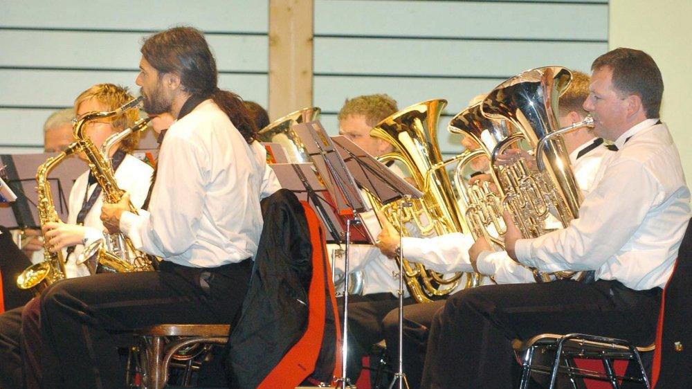 Trois fanfares en concert