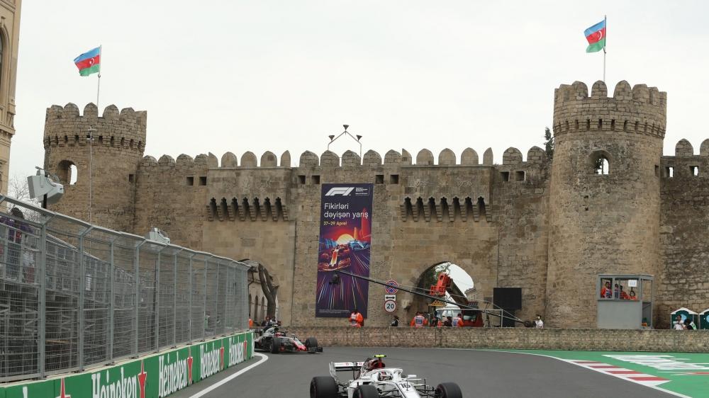 Le Monégasque Charles Leclerc a signé une magnifique sixième place dans les rues de Bakou au volant  de sa Sauber.