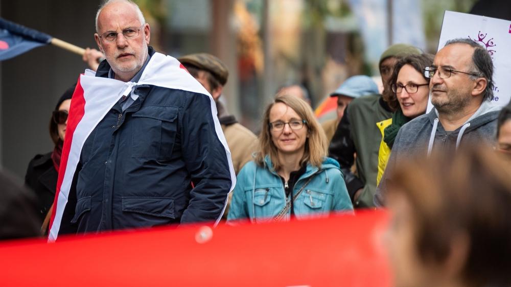 Le conseiller aux Etats Didier Berberat aux côtés de militants, le 1ermai à La Chaux-de-Fonds.