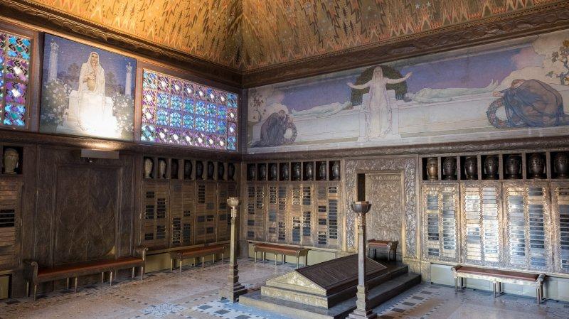 A La Chaux-de-Fonds, l'ancien crématoire est un témoin exceptionnel du Style sapin, qui s'inscrit en facette régionale de l'Art nouveau.