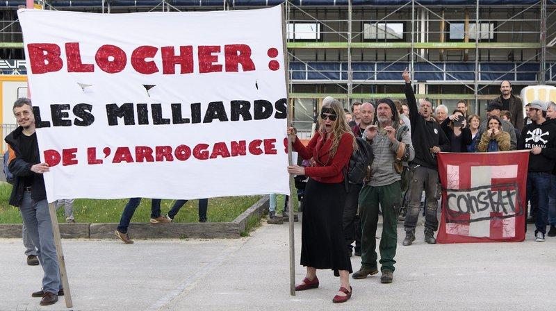 Manifestation contre la venue de Christoph Blocher à Glovelier