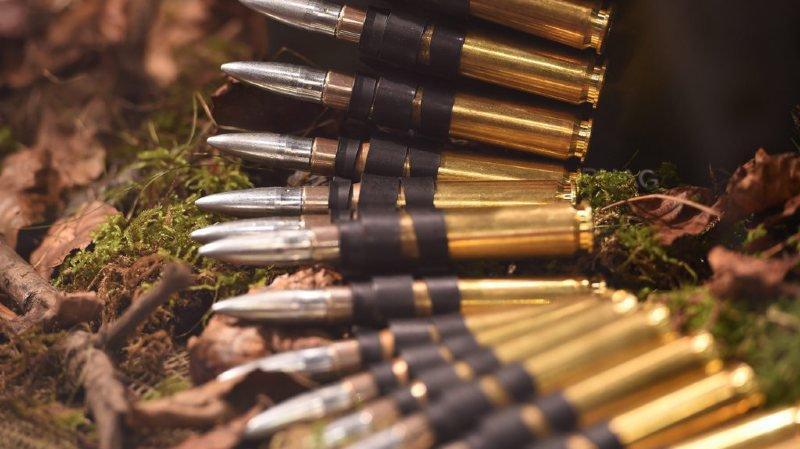 Exportations d'armes suisses: 12'000 signatures pour qu'elles ne soient pas facilitées