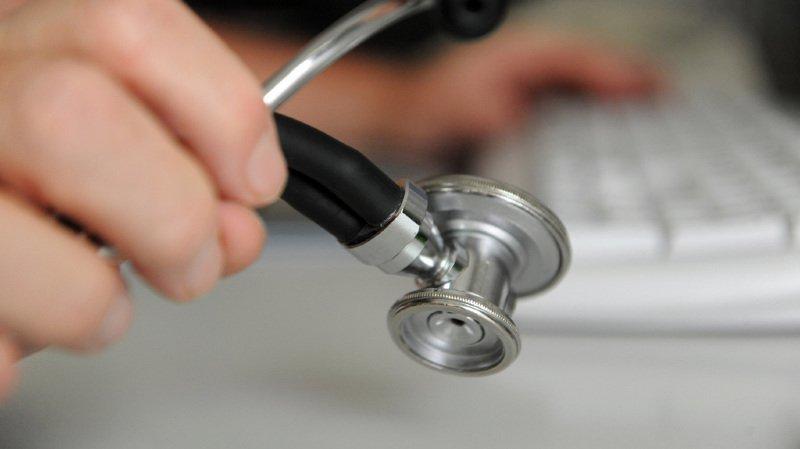 Santé: le Conseil fédéral veut réduire l'afflux de médecins étrangers en Suisse
