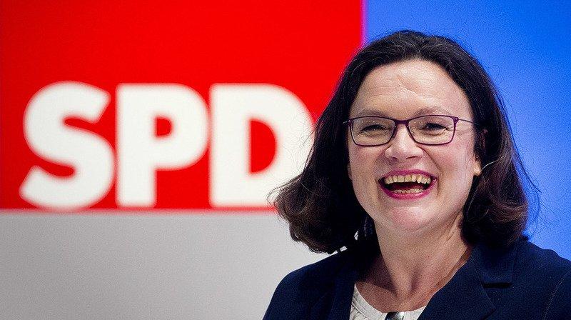 Andrea Nahles a obtenu 66% des voix face à l'ancienne policière et maire de Flensburg Simone Lange.