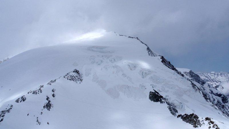 Valais: 5 alpinistes meurent de froid en montagne, au-dessus d'Arolla, 4 personnes encore entre la vie et la mort