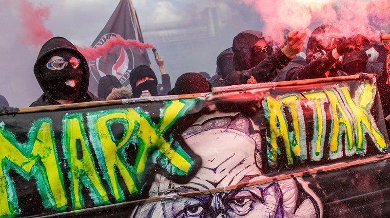France: 109 gardes à vue après les violences du 1er mai à Paris
