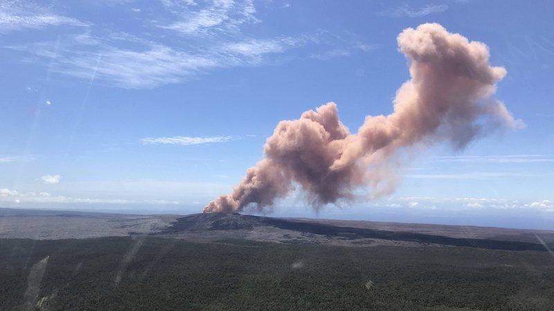 10.000 habitants évacués après une éruption volcanique — Hawaï