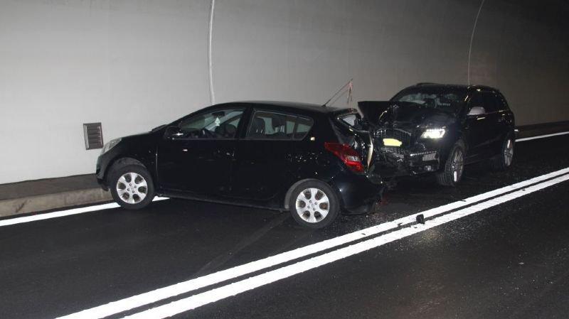 L'accident s'est produit vers 6h40 ce jeudi matin. Deux personnes ont été blessées.