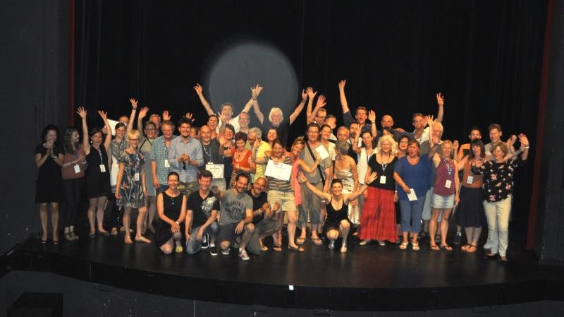 Le théâtre de Colombier troque le rideau pour le tapis rouge afin d'accueillir la crème de la scène amateure romande