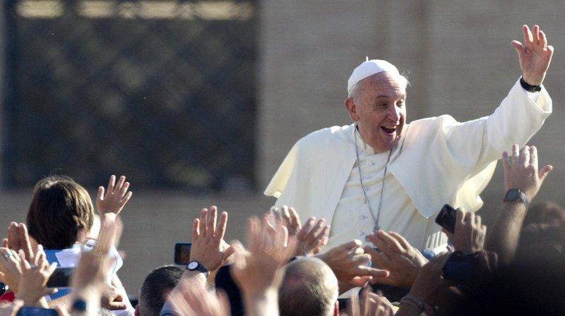 Un demi-millier de Neuchâtelois à Palexpo pour la messe du pape François