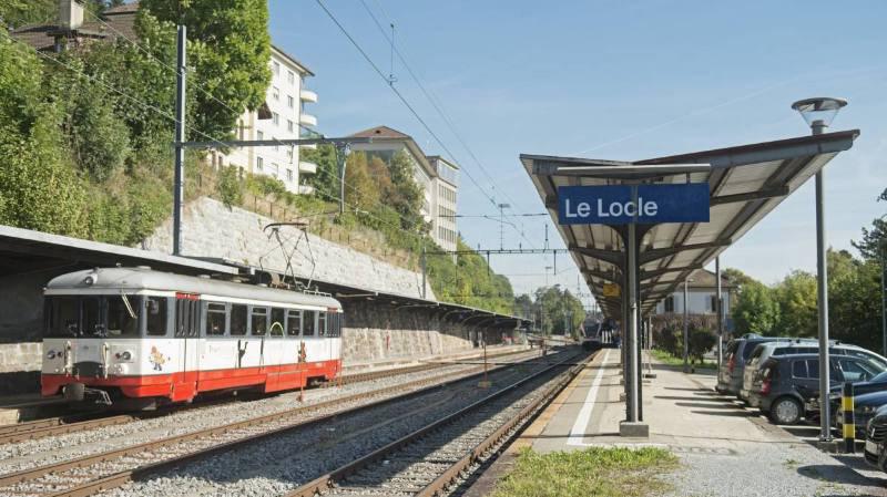 Un problème technique en gare du Locle est à l'origine de l'interruption de trafic, indiquent les CFF.